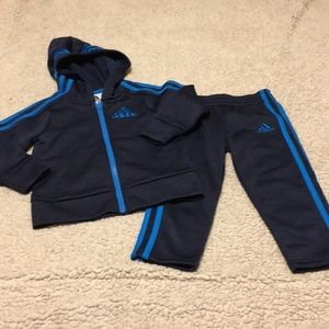 Adidas 2 Piece Active Sweatsuit Size 2T NEW
